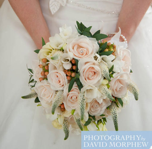 vintage style cream rose bridal bouquet